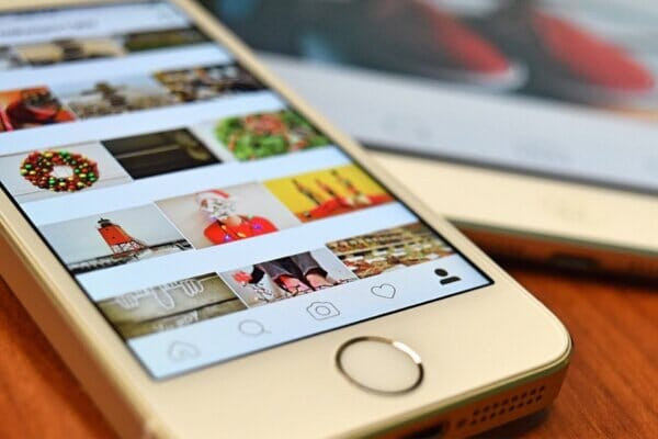 6-Instagram-Grid-Layout-and-Design-tips-600x400 6 Ways to Design a Perfect Instagram Grid Layout %shoutout